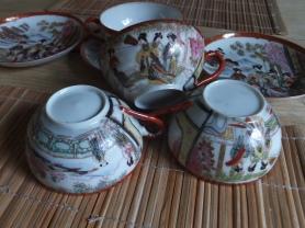 chinese cups disarranged 22luckyseeds 9287353120_2a9a94b6cc_b