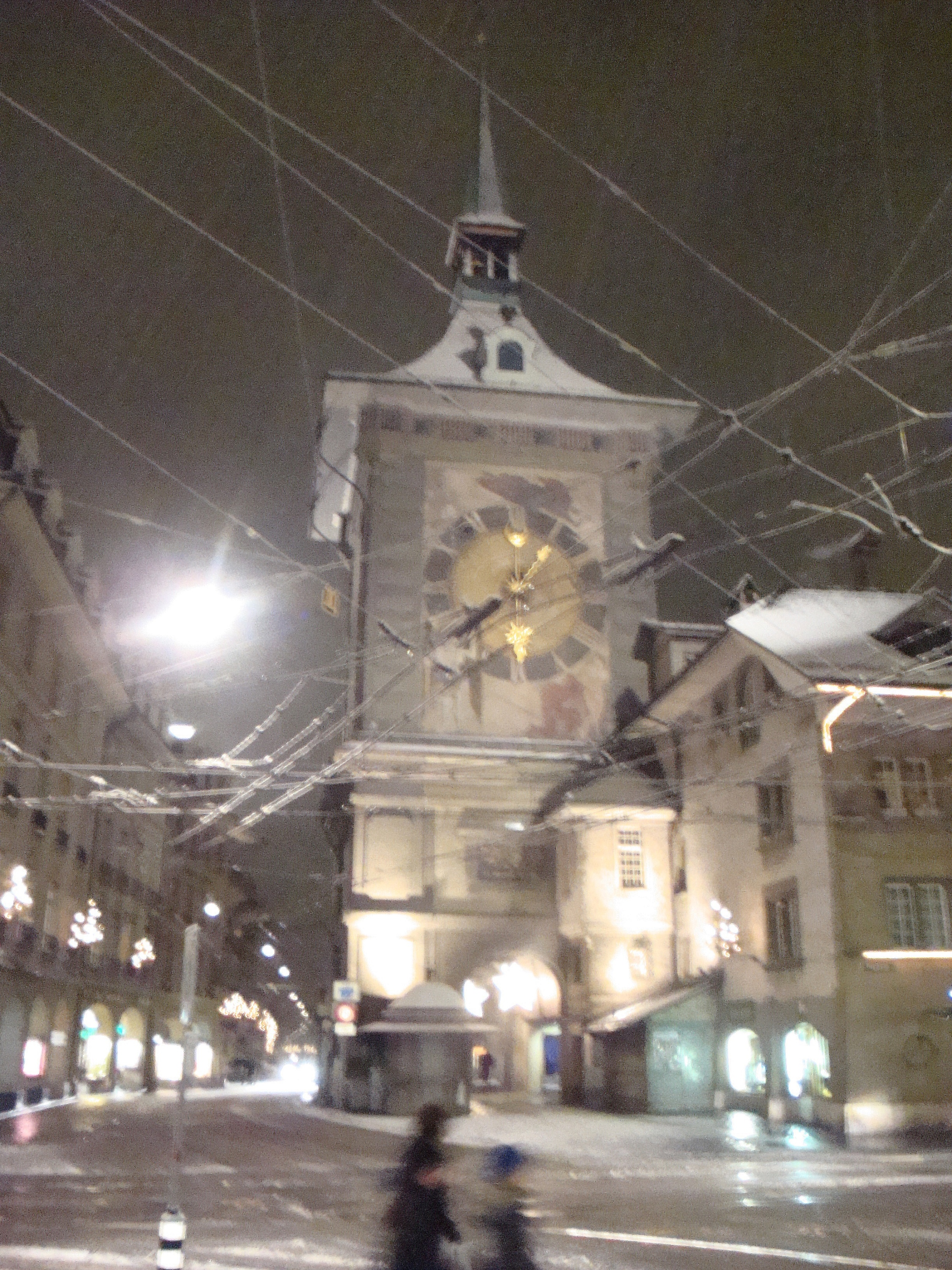 Zytglogge on the walk home, Bern, 24 December 2015 -- postgutenberg@gmail.com